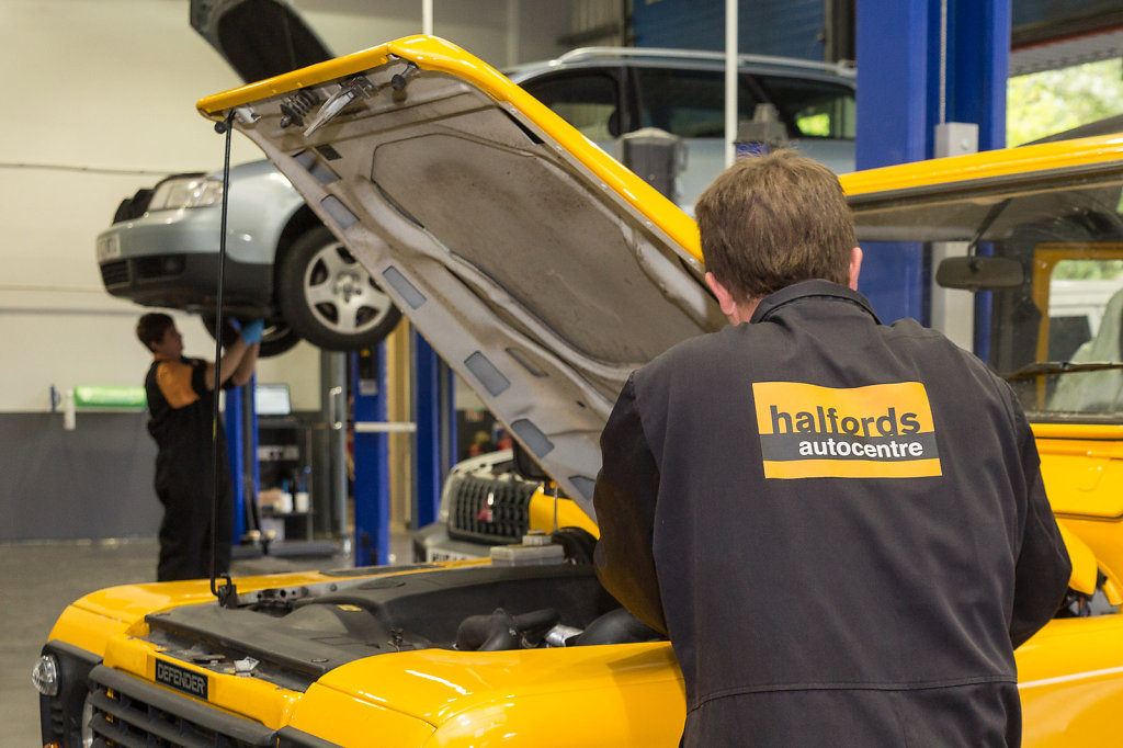 The new branch of Halfords Autocentres in Trowbridge is opened b